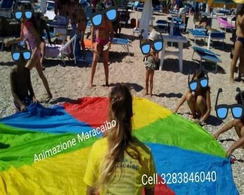 Animazione chalet hotel stabilimenti balneari villaggi resort campeggi agenzia organizzazione Numana Sirolo Senigallia Porto Recanati Rimini Riccione Pesaro Fano San Benedetto