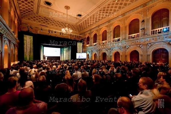 Eventi Aziendali grandi feste convegni meeting organizzazione Ancona Macerata Ascoli Pesaro Perugia Rimini Milano Firenze Roma Bologna