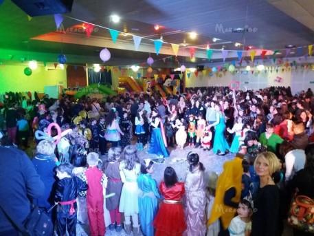 Feste per bambini agenzia animazione gonfiabili eventi compleanni cene bimbi animatrici Marche Ancona Macerata Pesaro Ascoli Piceno Fermo