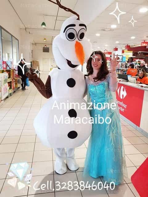olaf frozen mascotte eventi aziendali animazione allestimenti negozi centri commerciali Ancona Macerata Pesaro Ascoli Piceno Fermo Perugia Foligno Rimini Firenze Roma