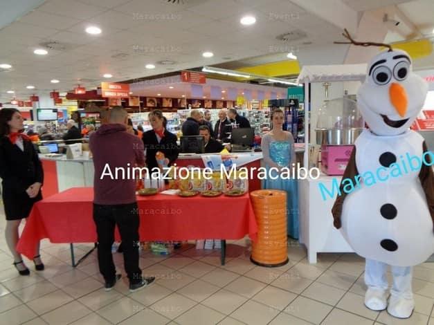 olaf mascotte frozen personaggio per feste eventi bambini aziende negozi centri commerciali animazione Marche Umbria Emilia Romagna Abruzzo